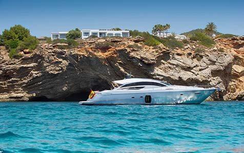 Shalimar Pershing Yachts 1