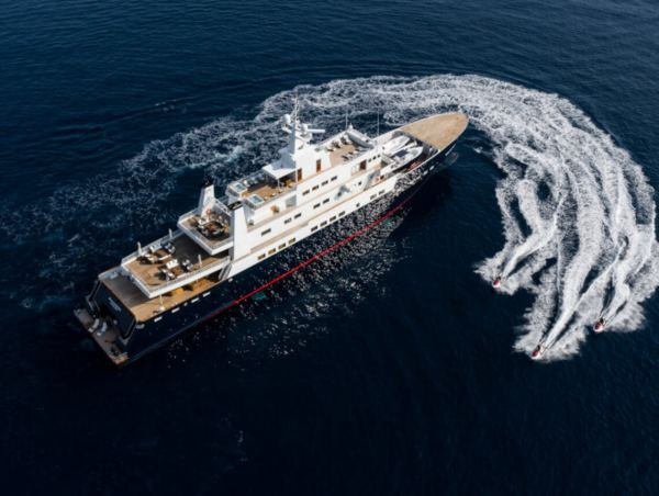 Clelands Yacht 237