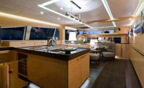 Ipharra Sunreef Catamaran 16