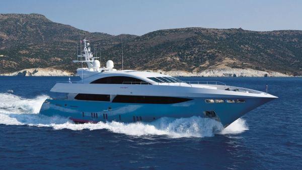 Mondomarine Yacht 42M