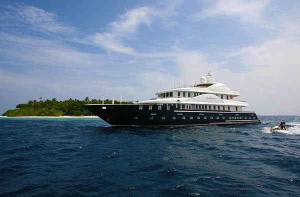 Fairline Maldives Yacht 132'