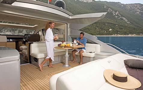 Splendid V Pershing Yachts 2