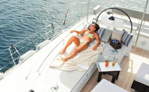 NOVA Lagoon Catamaran 3