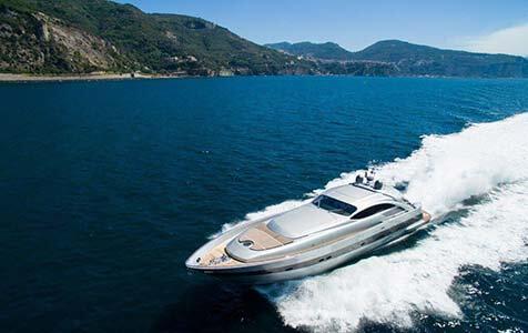 Cinque Pershing Yachts 1