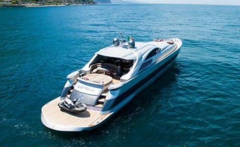 Cinque Pershing Yachts 4