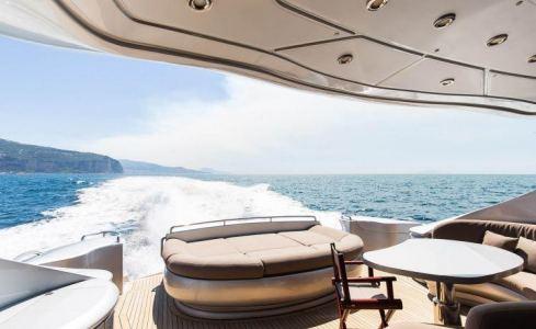Cinque Pershing Yachts 5
