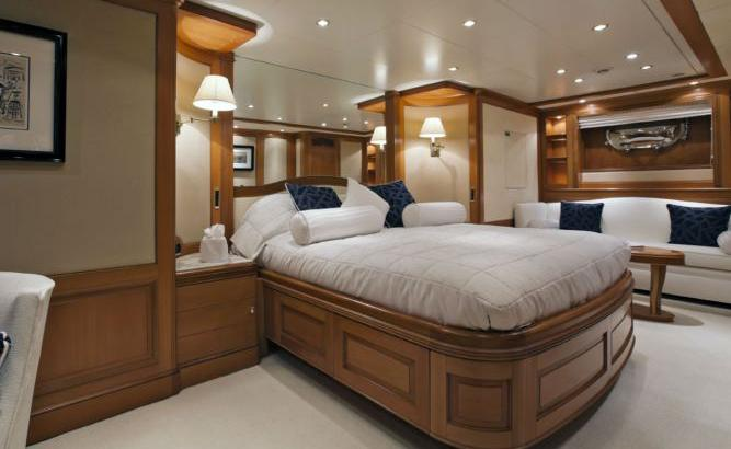 New Star Benetti 6