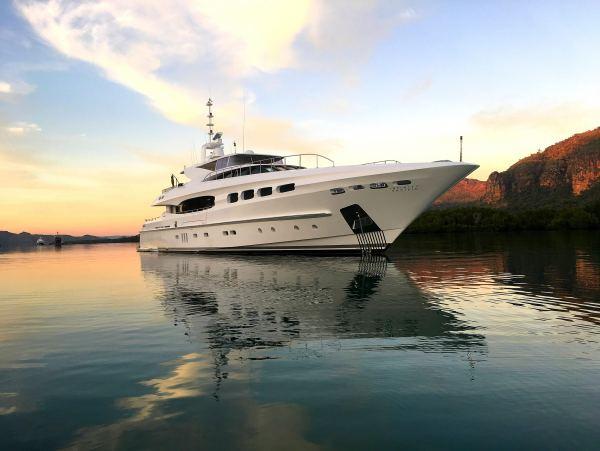 Mondomarine Yacht 40M