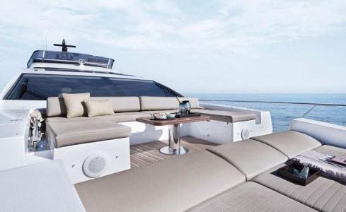 Makani Azimut Yachts 5