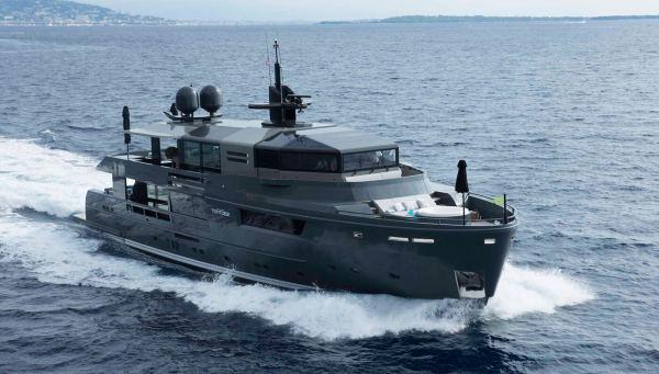 Arcadia Yacht 115