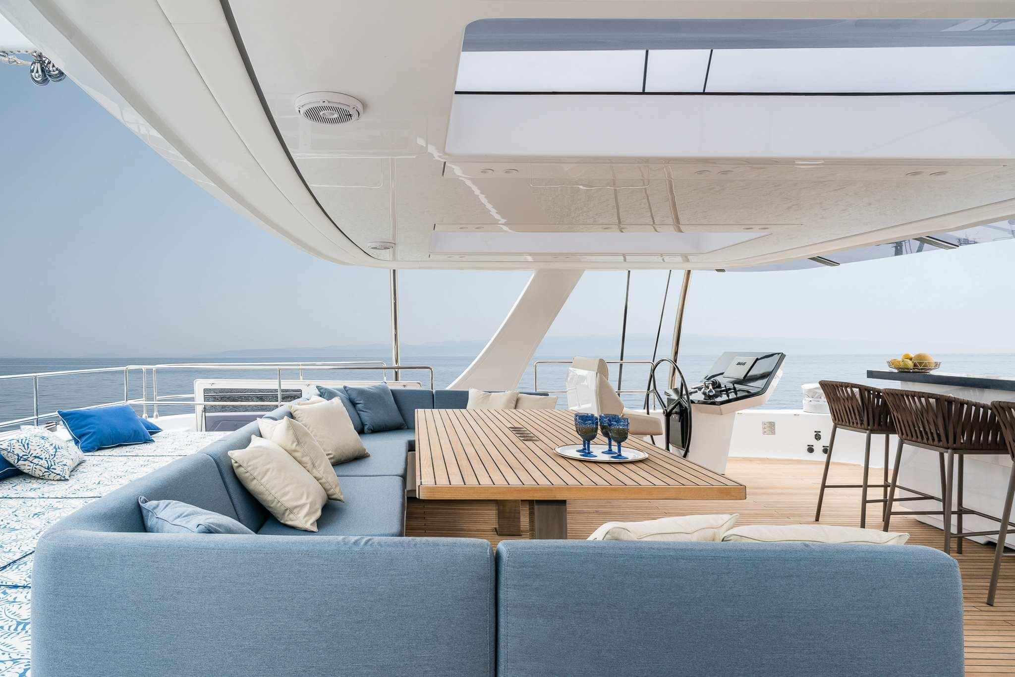 Genny Sunreef Catamaran 15