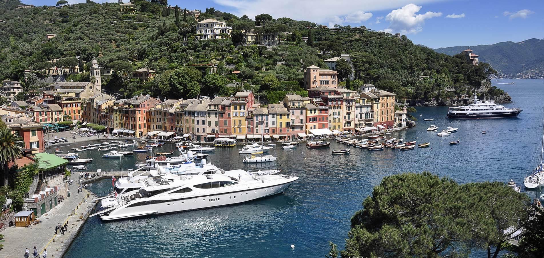 Charter di Superyacht Genova Liguria