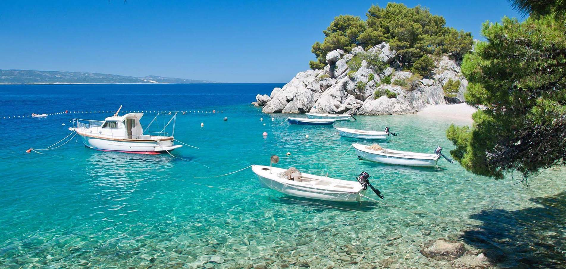 Charter di Superyacht Mediterraneo