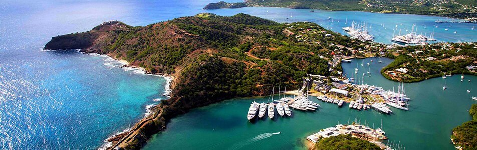 other trendy luxury yachts in Alquiler en antigua