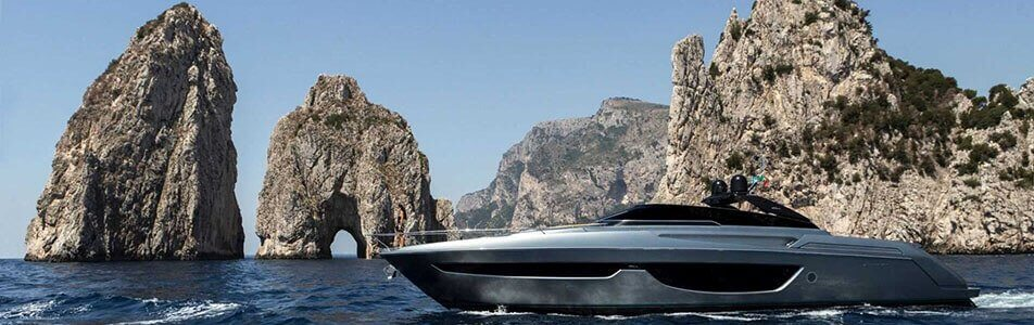 other trendy luxury yachts in Alquiler en italia